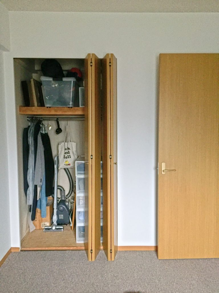closet-4people-1ldk