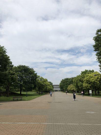 舎人公園 駅前