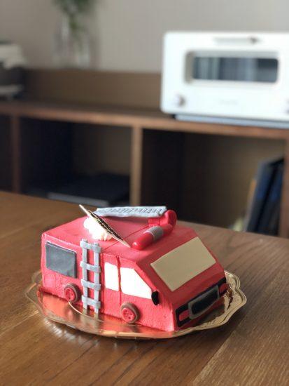 誕生日 ケーキ 3歳